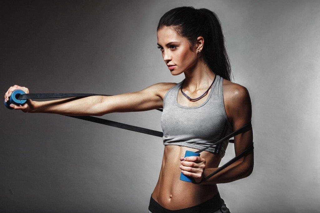Упражнения с эспандером для женщин — эффективные тренировки в домашних условиях
