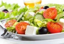 Таблица калорийности салатов: общественное питание