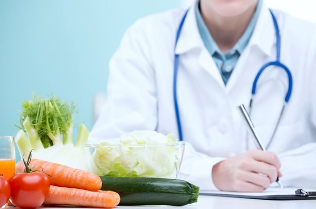 Restore renal function using the diet table 7b.
