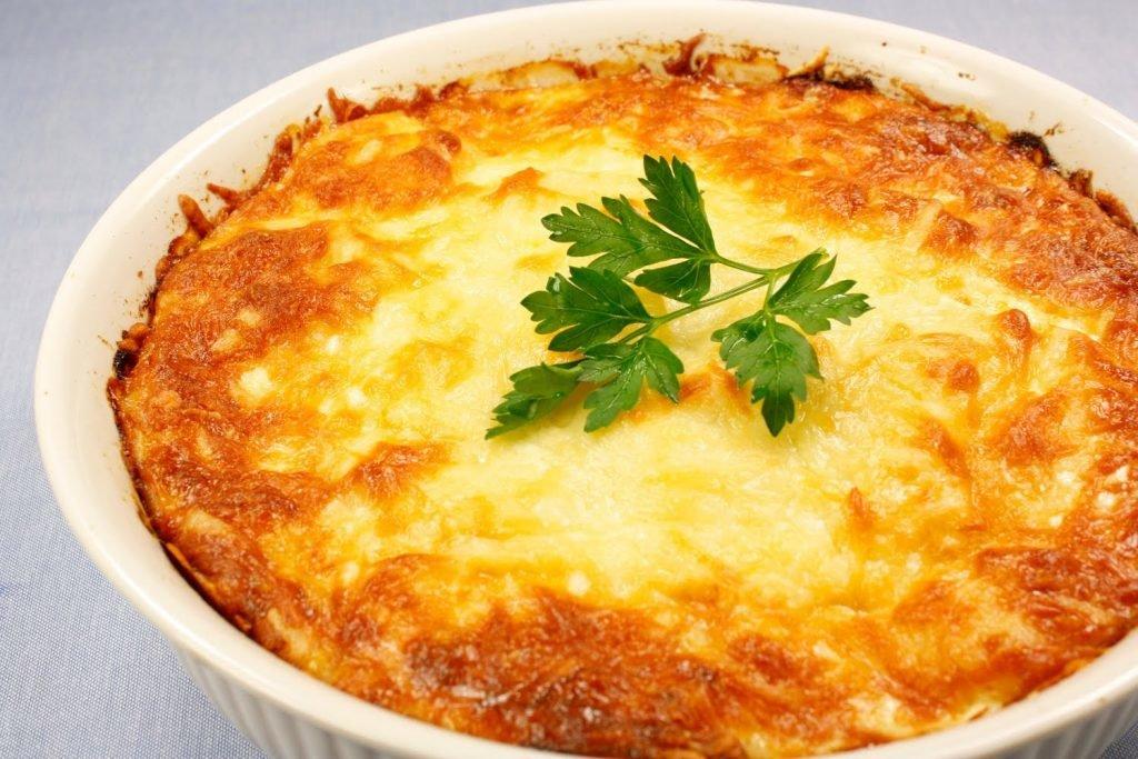 Шикарный ужин — запеканка в картофельной шубке с интересной начинкой